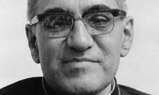 Biography of Monseñor Romero (Summary)