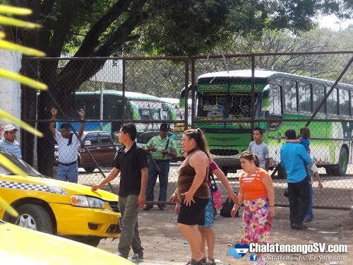 Ruta de buses 125 paraliza labores