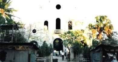 Iglesia de Nueva Concepción en construcción (1995)