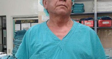 Enfermero del Hospital de Chalatenango pierde la batalla contra el COVID-19